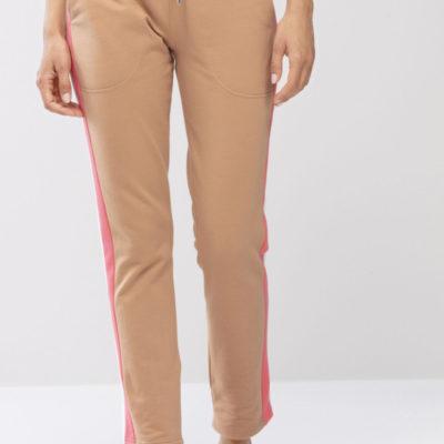 pantalon-algodon-camel-con-franja-lateral-rosa-night-2-day-16567-de-mey-front