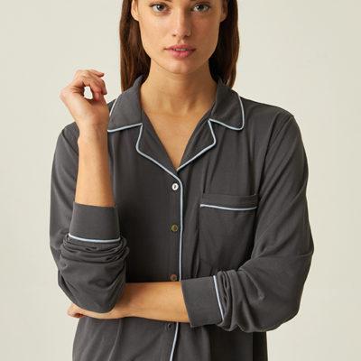 pijama-de-modal-gris-largo-con-camisa-abotonada-jjb1200-blusa