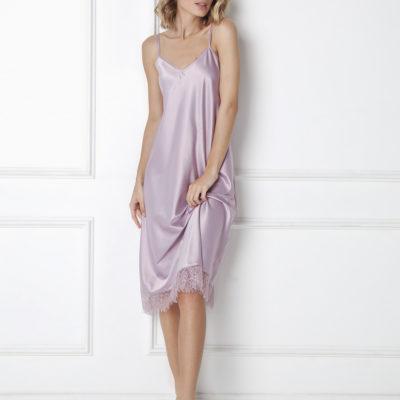 vestido-de-saten-lila-con-encaje-celine